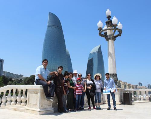 baku-azerbaijan-azerbaycan-flametowers-fairmontbaku-hotel