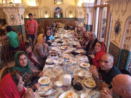 esfahan-isfahan-iran-restaurant-restoan-yemek-yolcu-iranturu