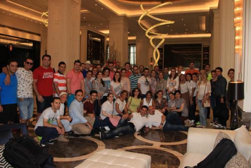 group-passengers-hiltonbomonti-lobby-hotel-