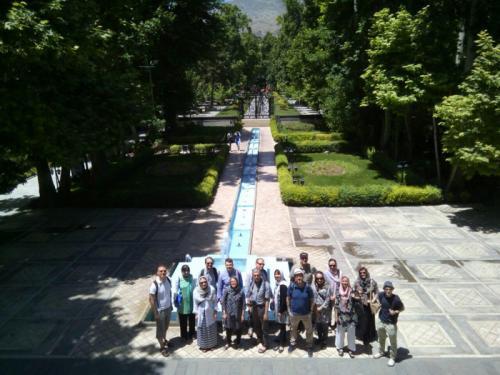 iran-group-tour-park-tehran-europ-passenger-travel