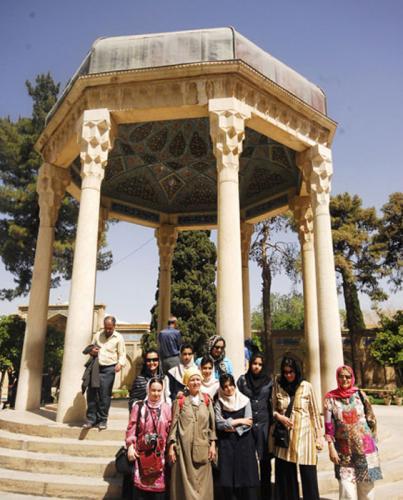 iran-shiraz-hafez-hafeziye-tombofhafez-incoming