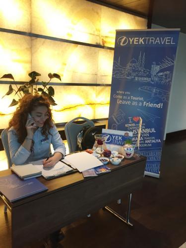 radissonbluortakoy-radissonblubosphorus-istanbul-hotel-otel-guide-desk