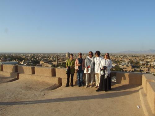 yazd-meybodcastle-naringhale-iran-group